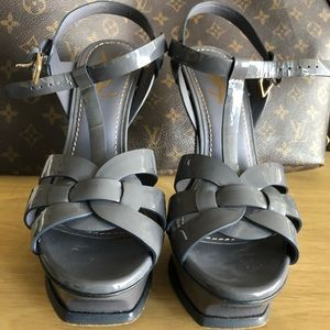 Ysl tribute sandals EU37